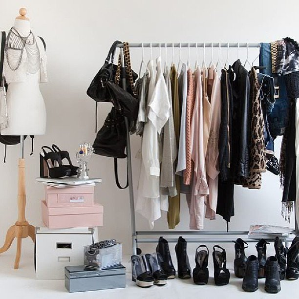 Style-Clothing-Rack